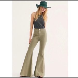 Free People Just Float On Flares Size 27
